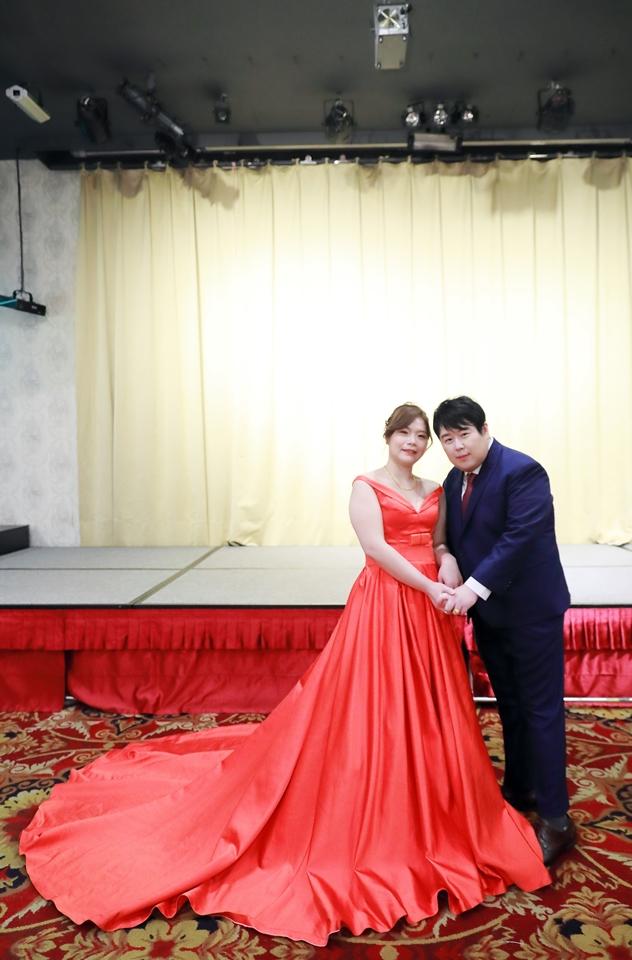 台北婚攝小游@基隆港海產樓 倫與艷婚禮紀錄 饅頭爸團隊0616_Blog_031.JPG