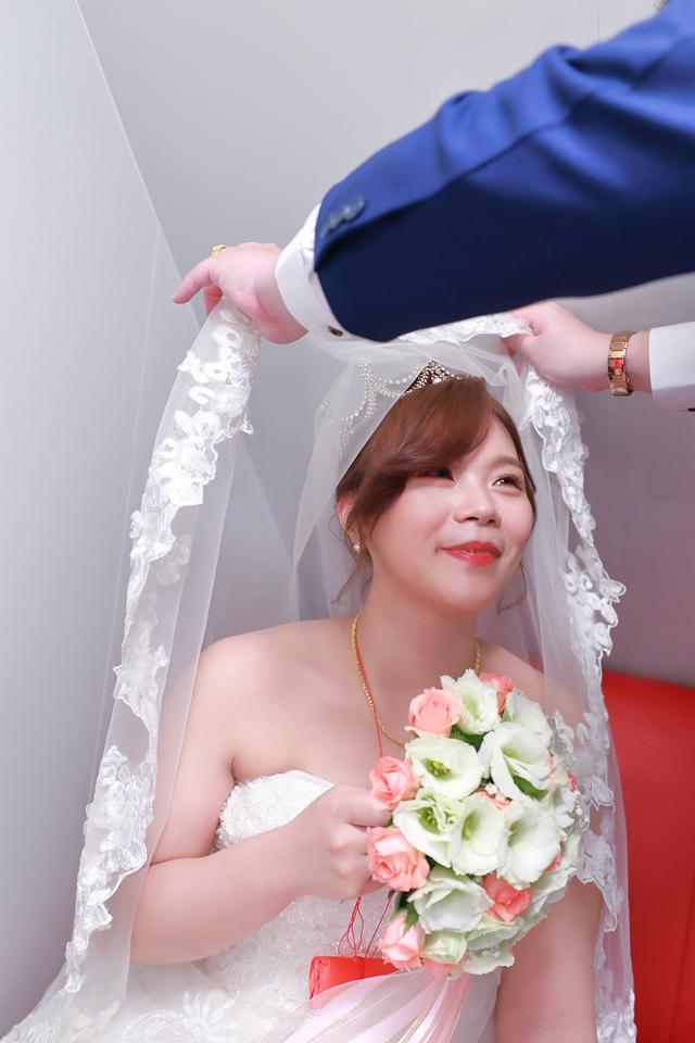 台北婚攝小游@基隆港海產樓 倫與艷婚禮紀錄 饅頭爸團隊0616_Blog_046.JPG