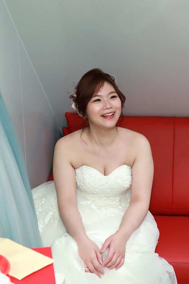 台北婚攝小游@基隆港海產樓 倫與艷婚禮紀錄 饅頭爸團隊0616_Blog_059.JPG