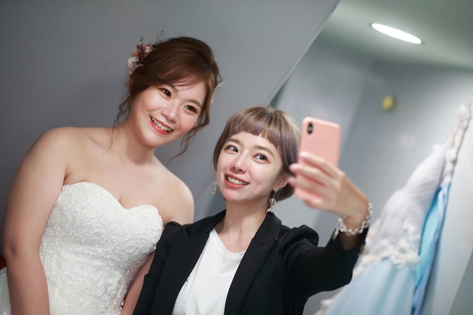 台北婚攝小游@基隆港海產樓 倫與艷婚禮紀錄 饅頭爸團隊0616_Blog_072.JPG