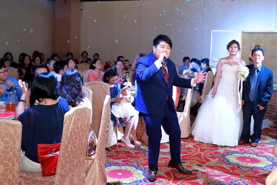 台北婚攝小游@基隆港海產樓 倫與艷婚禮紀錄 饅頭爸團隊0616_Blog_081.JPG