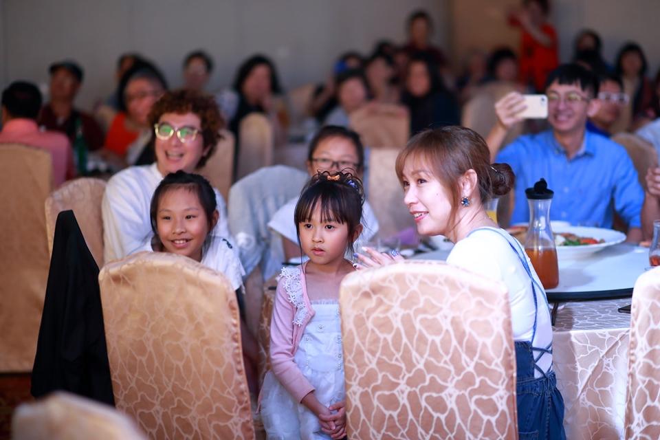 台北婚攝小游@基隆港海產樓 倫與艷婚禮紀錄 饅頭爸團隊0616_Blog_103.JPG