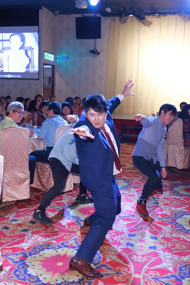 台北婚攝小游@基隆港海產樓 倫與艷婚禮紀錄 饅頭爸團隊0616_Blog_115.JPG