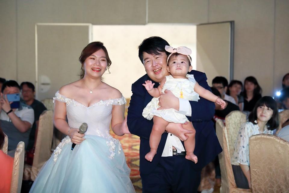 台北婚攝小游@基隆港海產樓 倫與艷婚禮紀錄 饅頭爸團隊0616_Blog_122.JPG