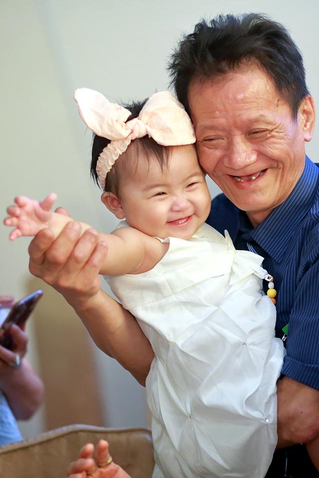 台北婚攝小游@基隆港海產樓 倫與艷婚禮紀錄 饅頭爸團隊0616_Blog_125.JPG