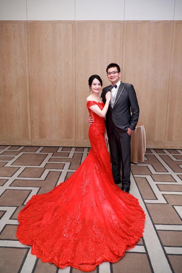 台北婚攝小游@萬豪酒店 翔與瑄 儀式宴客紀錄 饅頭爸團隊0831_Blog_008.jpg