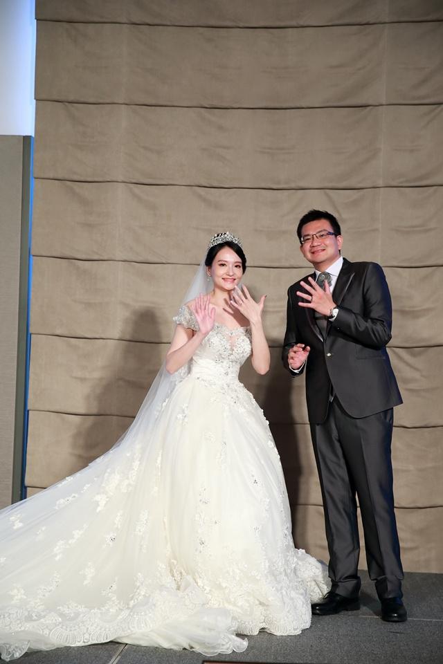 台北婚攝小游@萬豪酒店 翔與瑄 儀式宴客紀錄 饅頭爸團隊0831_Blog_091.jpg