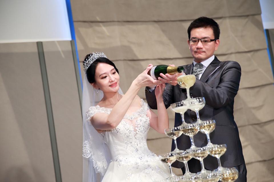 台北婚攝小游@萬豪酒店 翔與瑄 儀式宴客紀錄 饅頭爸團隊0831_Blog_092.jpg