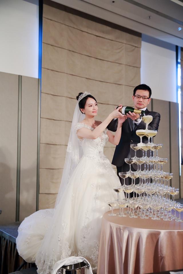台北婚攝小游@萬豪酒店 翔與瑄 儀式宴客紀錄 饅頭爸團隊0831_Blog_093.jpg