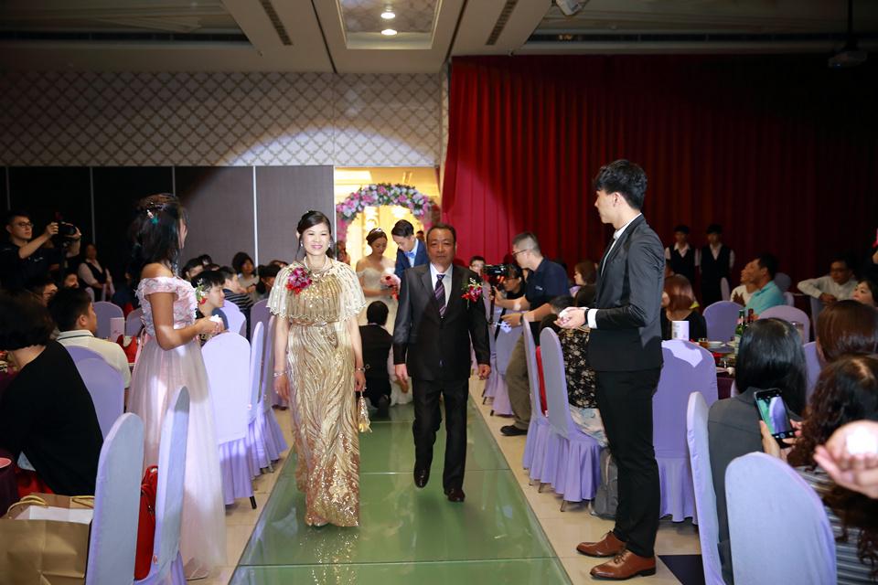 台北婚攝小游@新竹家欣樓 瑜與婷婚禮紀錄 饅頭爸團隊0928_Blog_111.jpg