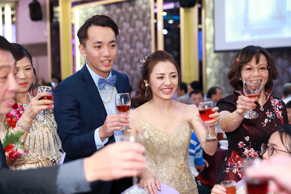台北婚攝小游@新竹家欣樓 瑜與婷婚禮紀錄 饅頭爸團隊0928_Blog_142.jpg