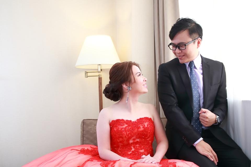 台北婚攝小游@桃園尊爵 緯與如婚禮紀錄 饅頭爸團隊1026_Blog_001.jpg