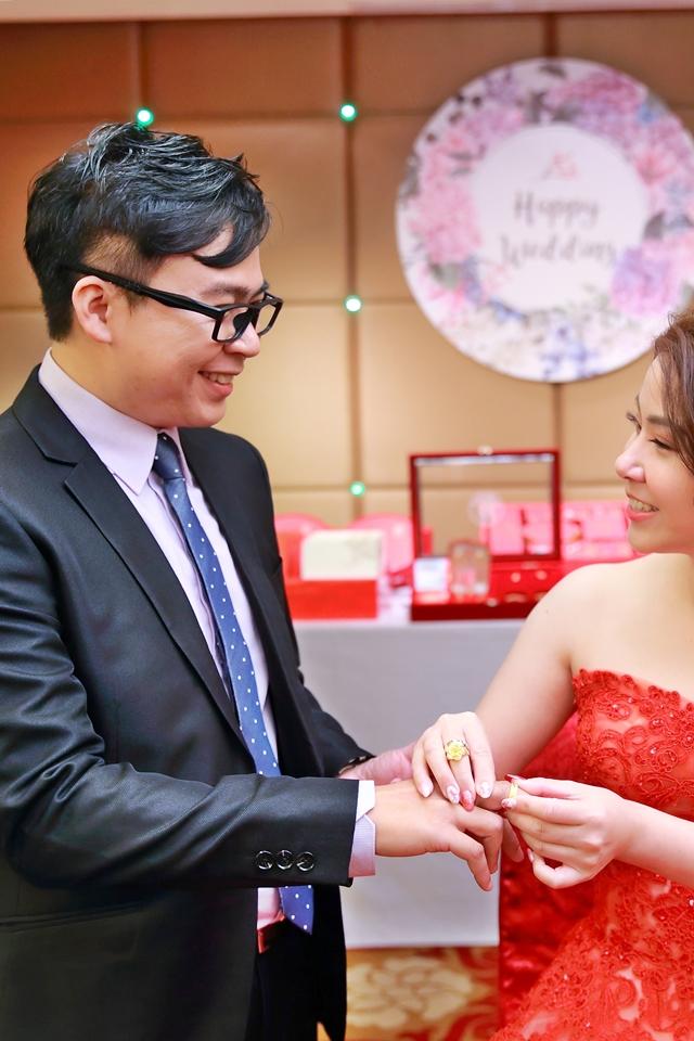 台北婚攝小游@桃園尊爵 緯與如婚禮紀錄 饅頭爸團隊1026_Blog_042.JPG