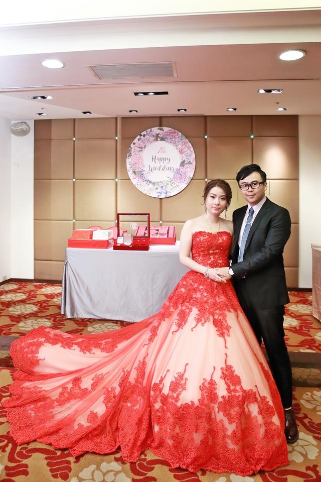 台北婚攝小游@桃園尊爵 緯與如婚禮紀錄 饅頭爸團隊1026_Blog_051.JPG