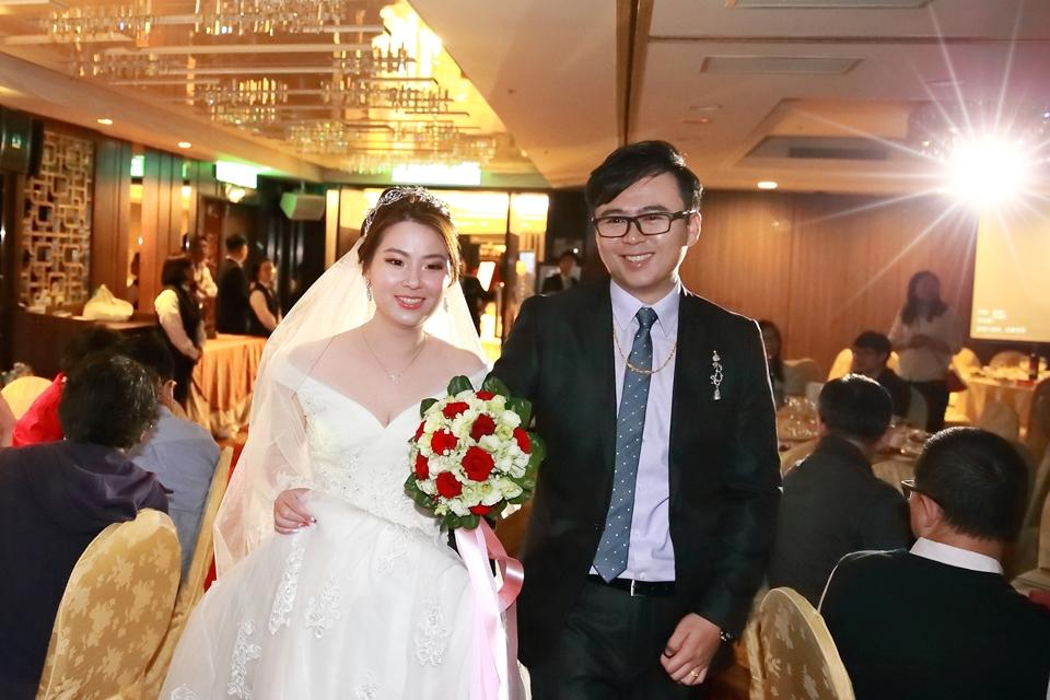 台北婚攝小游@桃園尊爵 緯與如婚禮紀錄 饅頭爸團隊1026_Blog_080.JPG
