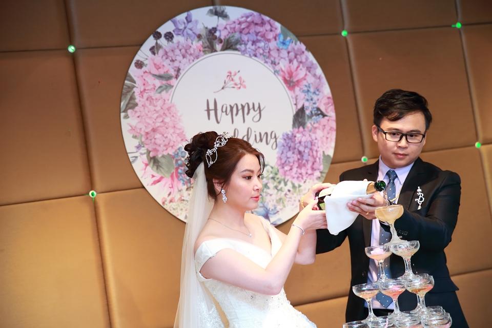 台北婚攝小游@桃園尊爵 緯與如婚禮紀錄 饅頭爸團隊1026_Blog_096.JPG