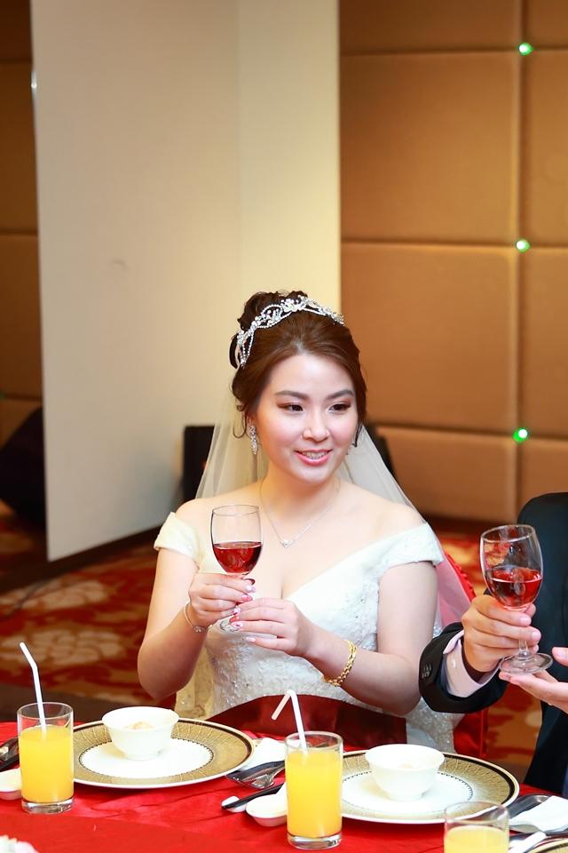 台北婚攝小游@桃園尊爵 緯與如婚禮紀錄 饅頭爸團隊1026_Blog_098.JPG
