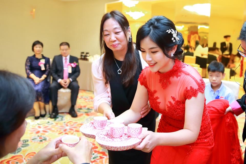 台北婚攝小游@88號樂章婚宴會館 宏與苓婚禮紀錄 饅頭爸團隊1027_blog_020.JPG