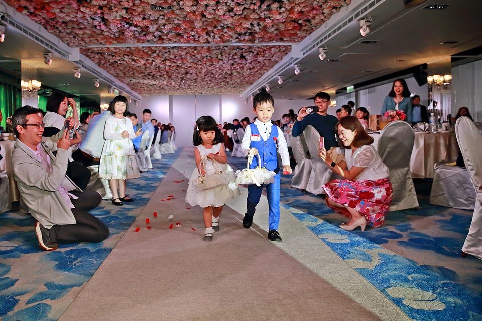 台北婚攝小游@88號樂章婚宴會館 宏與苓婚禮紀錄 饅頭爸團隊1027_blog_099.JPG