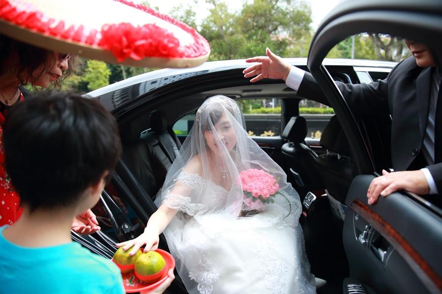 台北婚攝小游@公務人員福華文教會館 培與家婚禮紀錄 饅頭爸團隊1102_Blog_061.JPG