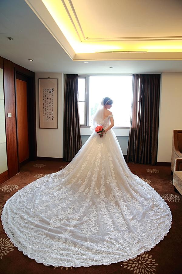 台北婚攝小游@公務人員福華文教會館 培與家婚禮紀錄 饅頭爸團隊1102_Blog_063.JPG