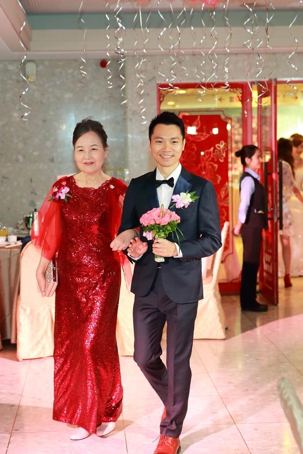 台北婚攝小游@公務人員福華文教會館 培與家婚禮紀錄 饅頭爸團隊1102_Blog_077.JPG