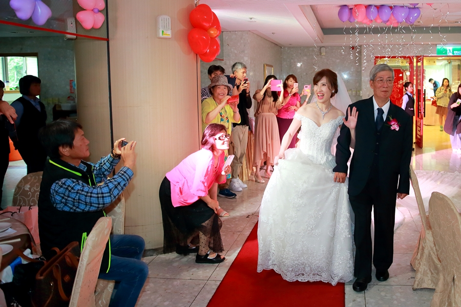 台北婚攝小游@公務人員福華文教會館 培與家婚禮紀錄 饅頭爸團隊1102_Blog_080.JPG