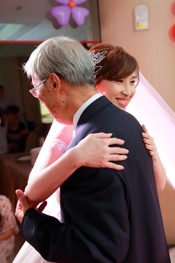 台北婚攝小游@公務人員福華文教會館 培與家婚禮紀錄 饅頭爸團隊1102_Blog_082.JPG