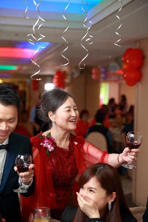 台北婚攝小游@公務人員福華文教會館 培與家婚禮紀錄 饅頭爸團隊1102_Blog_109.JPG