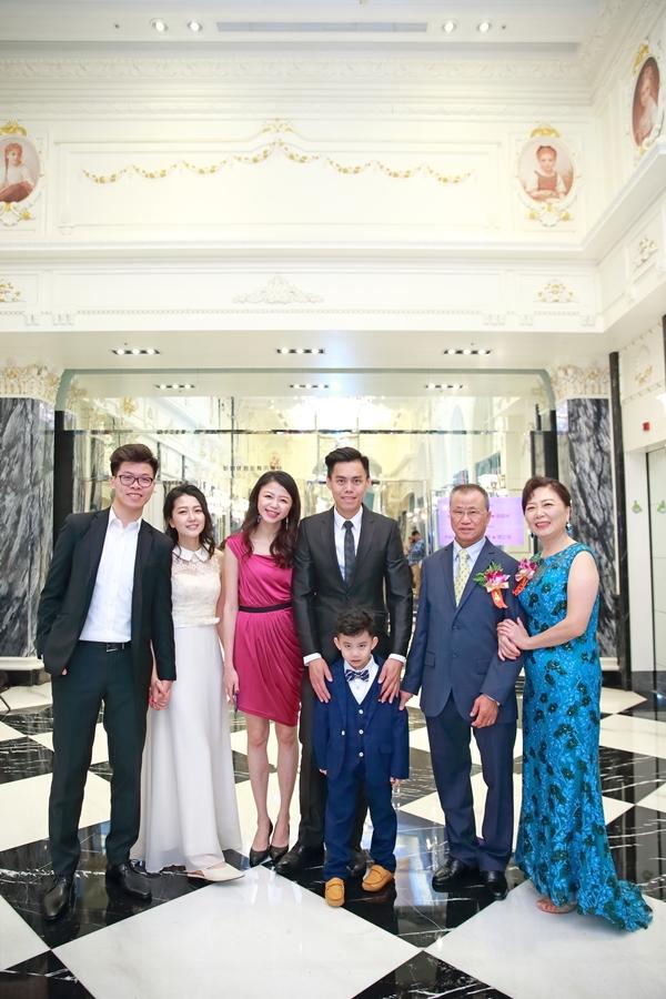 台北婚攝小游@新莊典華 碩與婷婚宴紀錄 饅頭爸團隊1116_Blog_042.JPG