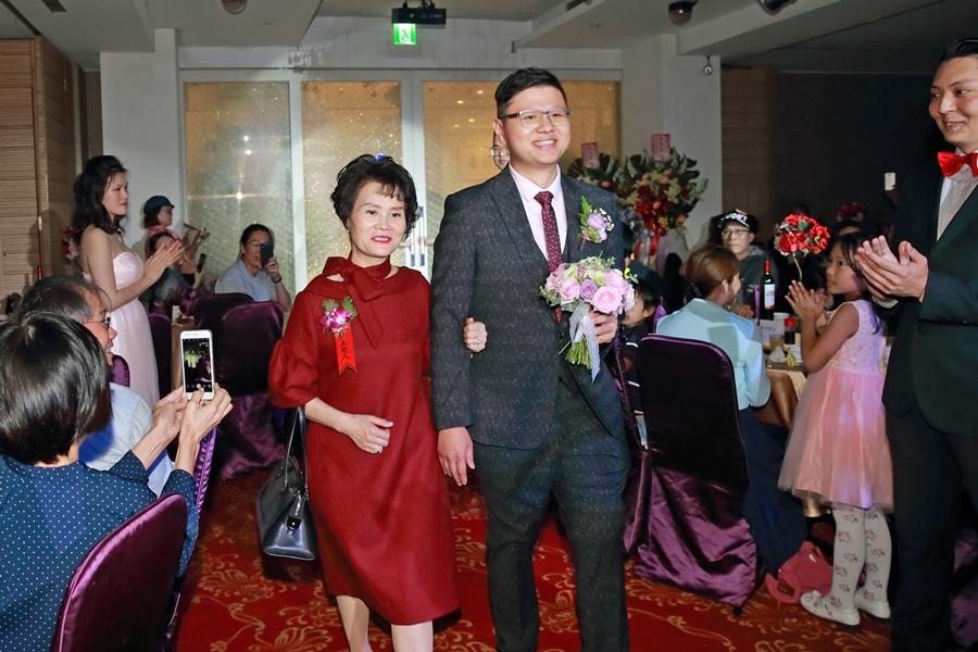 台北婚攝小游@新馥豪會館 慶與宜 婚禮紀錄 饅頭爸團隊1123_Blog_112.JPG
