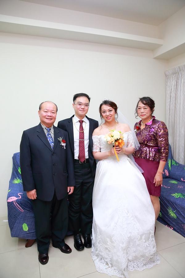 台北婚攝小游@晶宴民權館 翔與儀婚禮紀錄 饅頭爸團隊1207_Blog_023.JPG