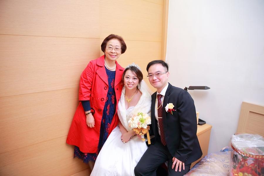 台北婚攝小游@晶宴民權館 翔與儀婚禮紀錄 饅頭爸團隊1207_Blog_044.JPG