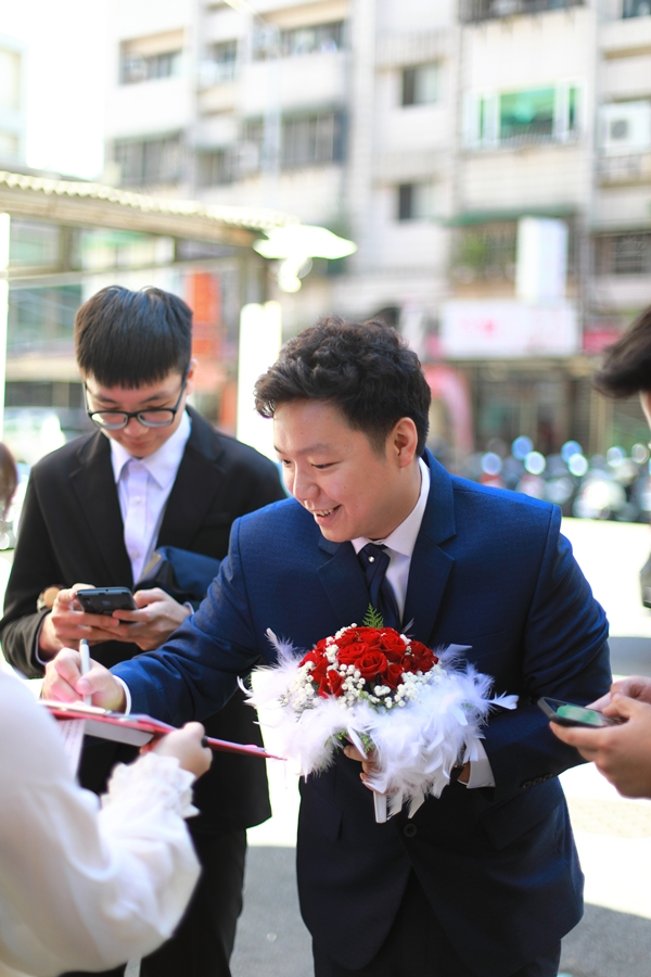 台北婚攝小游@中信雅悅會館 宏與錡教堂婚禮紀錄 饅頭爸團隊1215_Blog_016.jpg