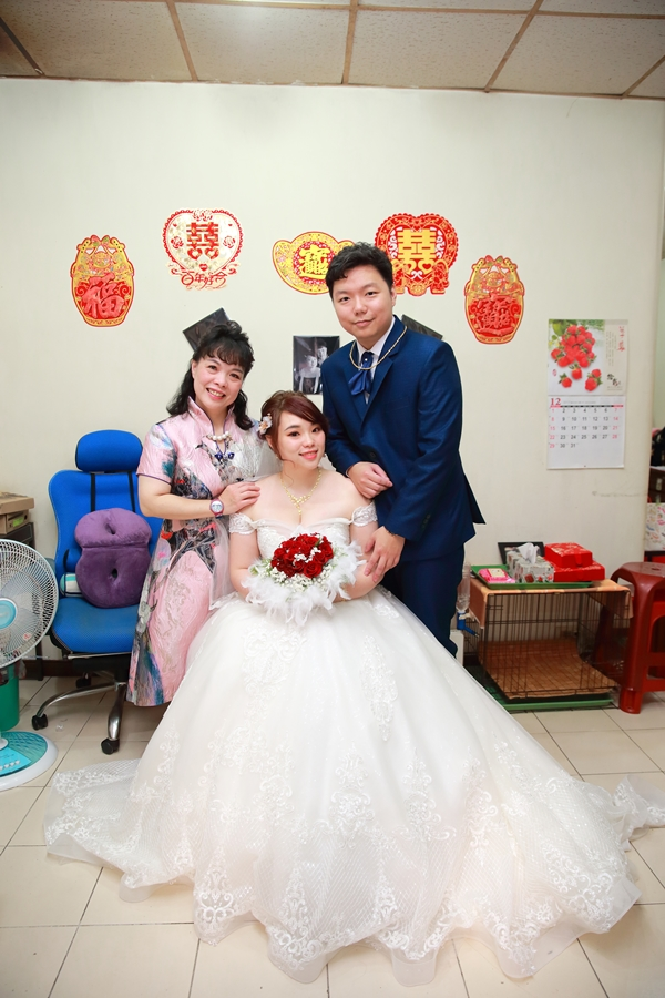 台北婚攝小游@中信雅悅會館 宏與錡教堂婚禮紀錄 饅頭爸團隊1215_Blog_046.jpg