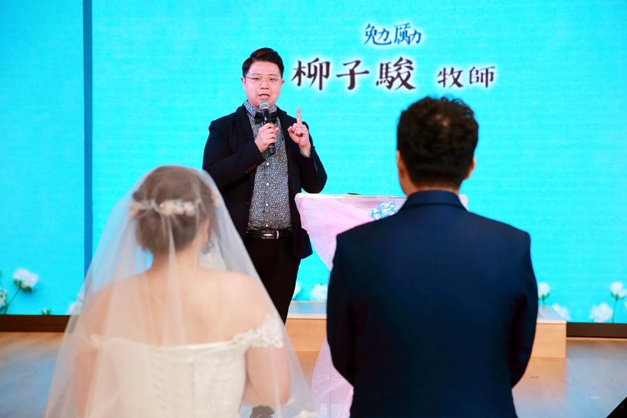 台北婚攝小游@中信雅悅會館 宏與錡教堂婚禮紀錄 饅頭爸團隊1215_Blog_070.jpg