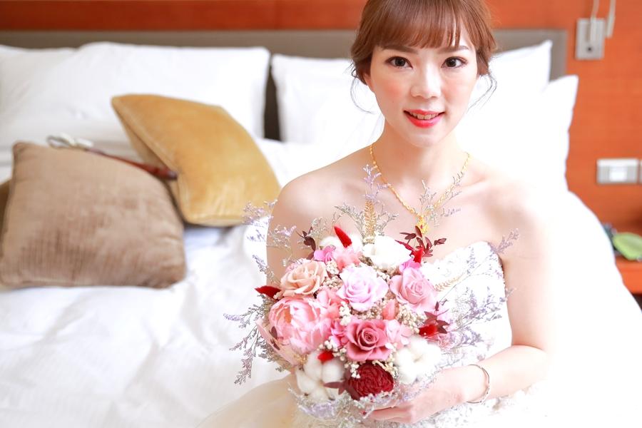台北婚攝小游@晶華酒店 邦與萱婚禮紀錄 饅頭爸團隊1222_Blog_041.jpg