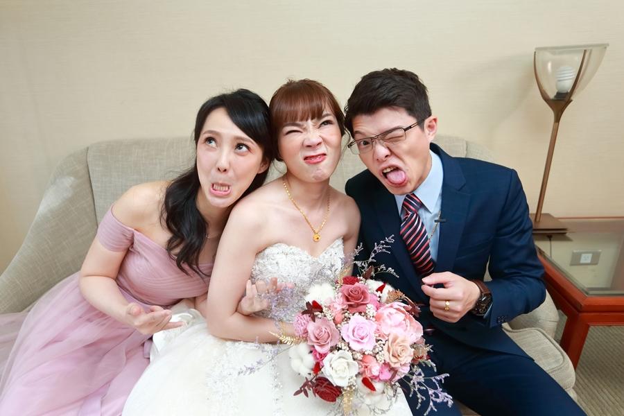 台北婚攝小游@晶華酒店 邦與萱婚禮紀錄 饅頭爸團隊1222_Blog_072.jpg