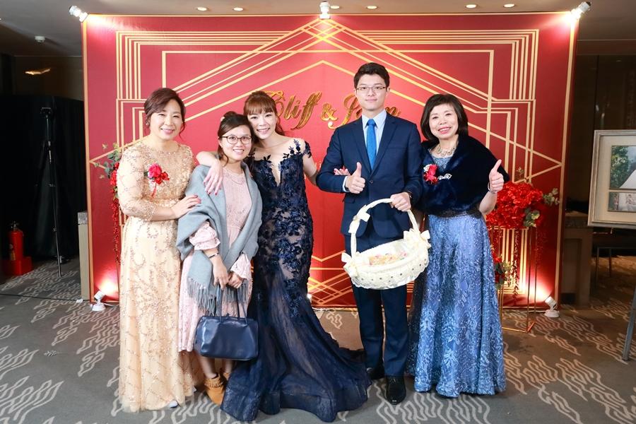 台北婚攝小游@晶華酒店 邦與萱婚禮紀錄 饅頭爸團隊1222_Blog_145.jpg