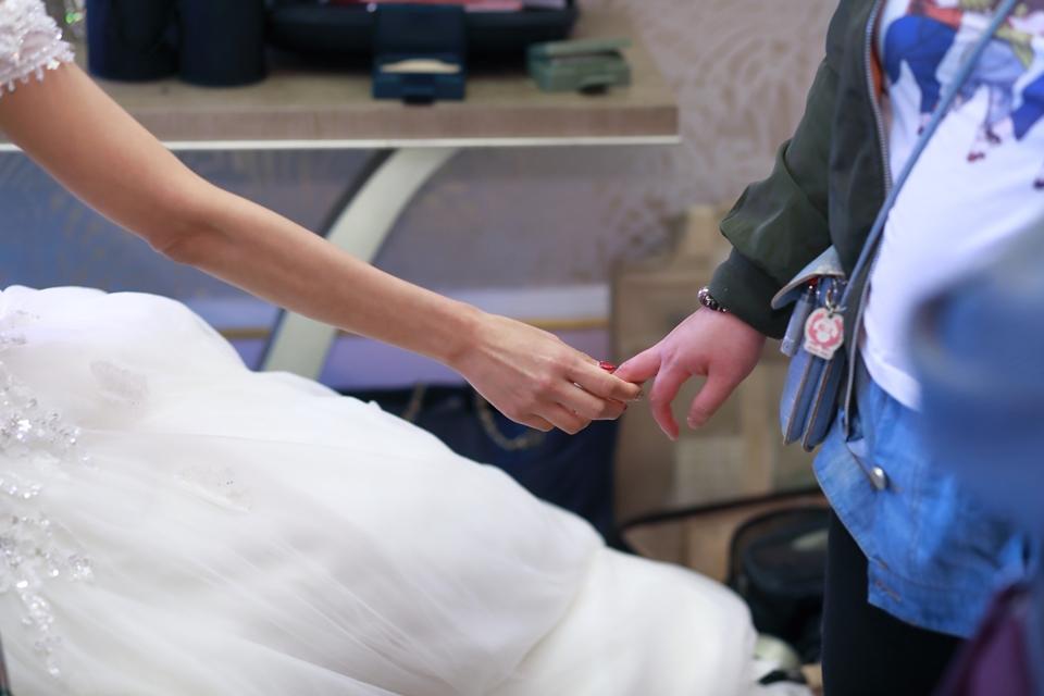台北婚攝小游@101頂鮮 霖與蓓婚宴紀錄 饅頭爸團隊0301_Blog_006.jpg