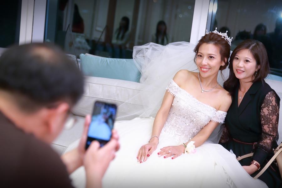 台北婚攝小游@101頂鮮 霖與蓓婚宴紀錄 饅頭爸團隊0301_Blog_023.jpg