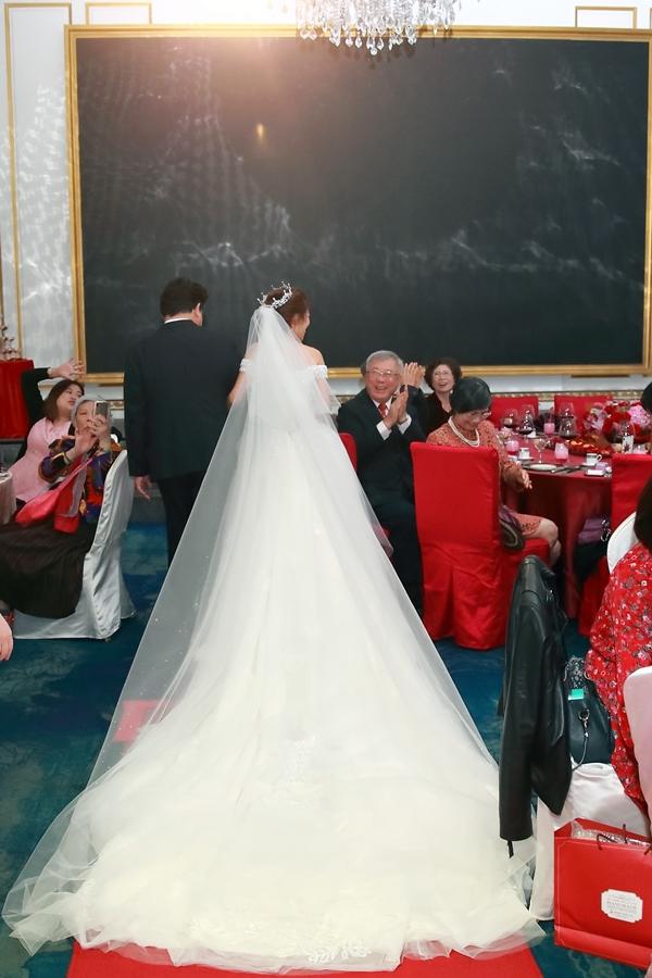 台北婚攝小游@101頂鮮 霖與蓓婚宴紀錄 饅頭爸團隊0301_Blog_040.jpg