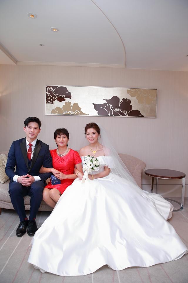 台北婚攝小游@台北老爺酒店 宇與如婚禮紀錄 饅頭爸團隊1018_Blog_070.jpg