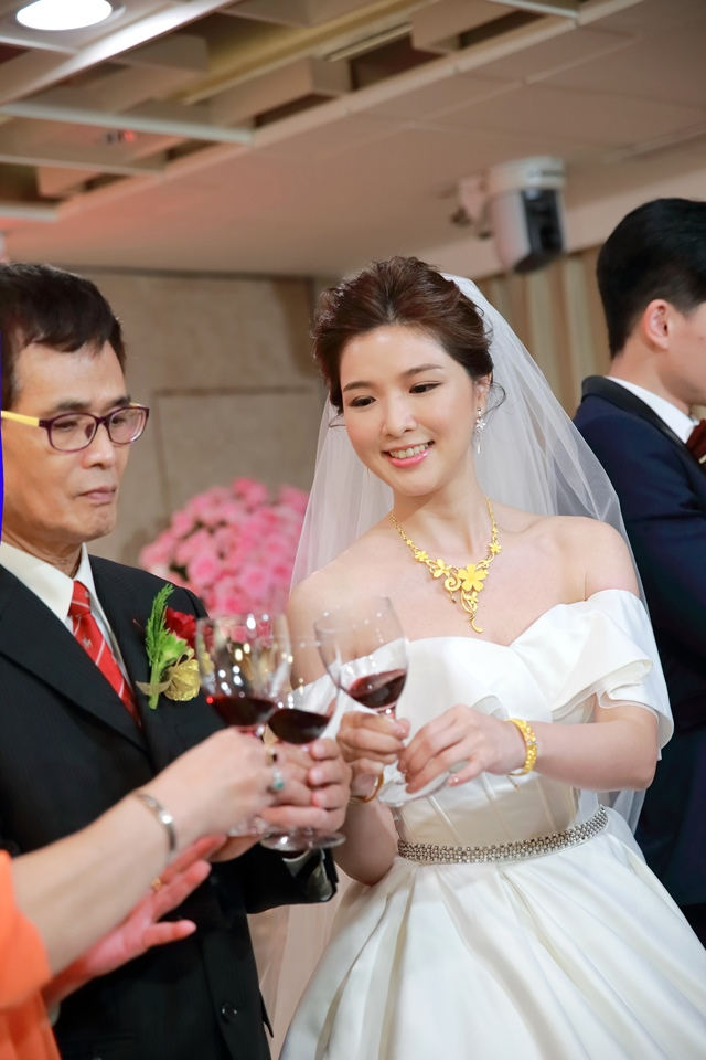 台北婚攝小游@台北老爺酒店 宇與如婚禮紀錄 饅頭爸團隊1018_Blog_104.jpg