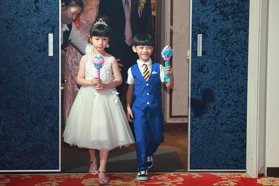 台北婚攝小游@樹林徐家堡 鴻與玟婚禮紀錄 饅頭爸團隊1114_Blog_093.jpg