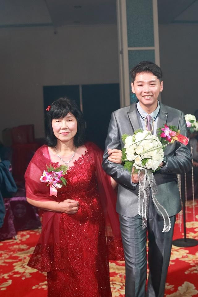 台北婚攝小游@樹林徐家堡 鴻與玟婚禮紀錄 饅頭爸團隊1114_Blog_098.jpg