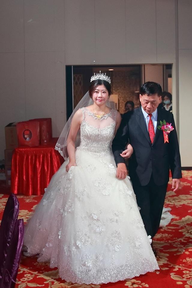 台北婚攝小游@樹林徐家堡 鴻與玟婚禮紀錄 饅頭爸團隊1114_Blog_101.jpg