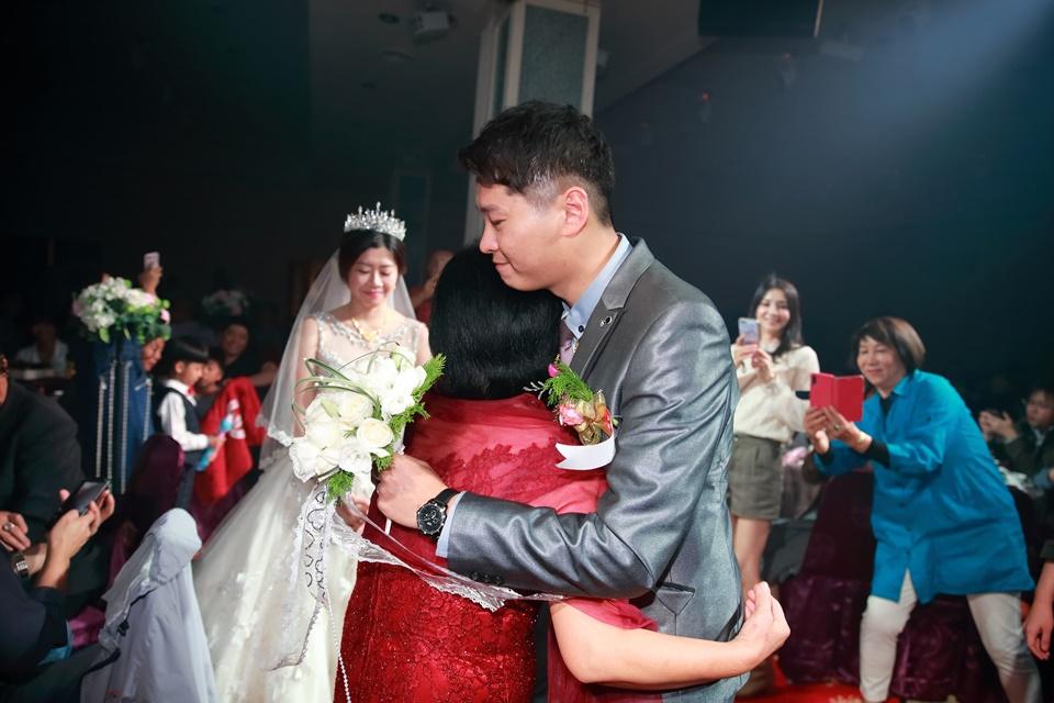 台北婚攝小游@樹林徐家堡 鴻與玟婚禮紀錄 饅頭爸團隊1114_Blog_104.jpg
