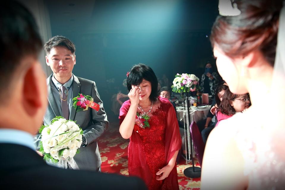 台北婚攝小游@樹林徐家堡 鴻與玟婚禮紀錄 饅頭爸團隊1114_Blog_105.jpg