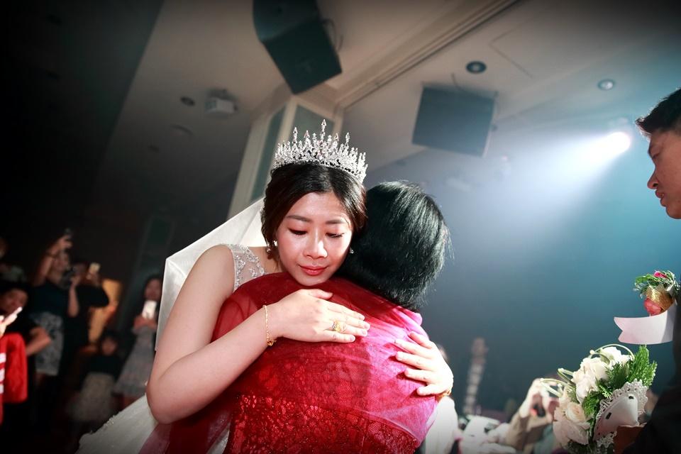 台北婚攝小游@樹林徐家堡 鴻與玟婚禮紀錄 饅頭爸團隊1114_Blog_107.jpg